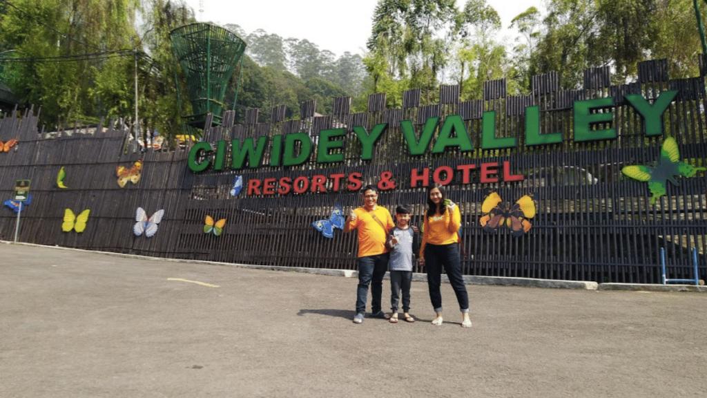 Ciwidey road trip Bandung Dari Surabaya