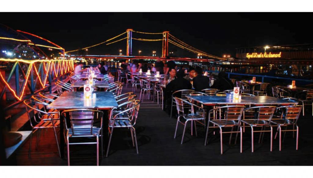 Riverside Restaurant Palembang